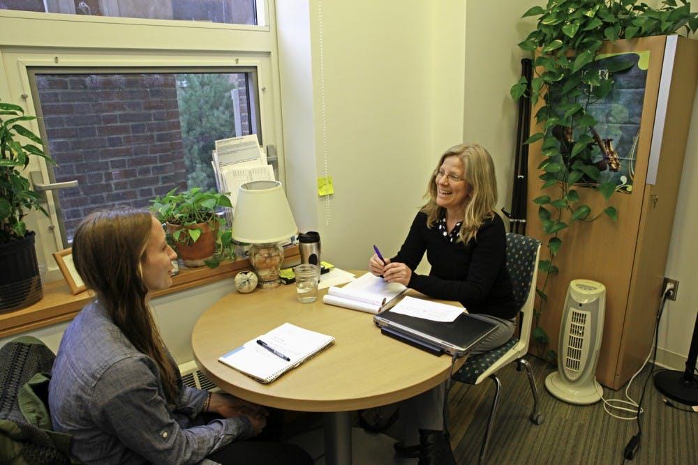 04-28-2015-news-pre-health-advising-meeting-with-sarah-berger-jeffrey-lee