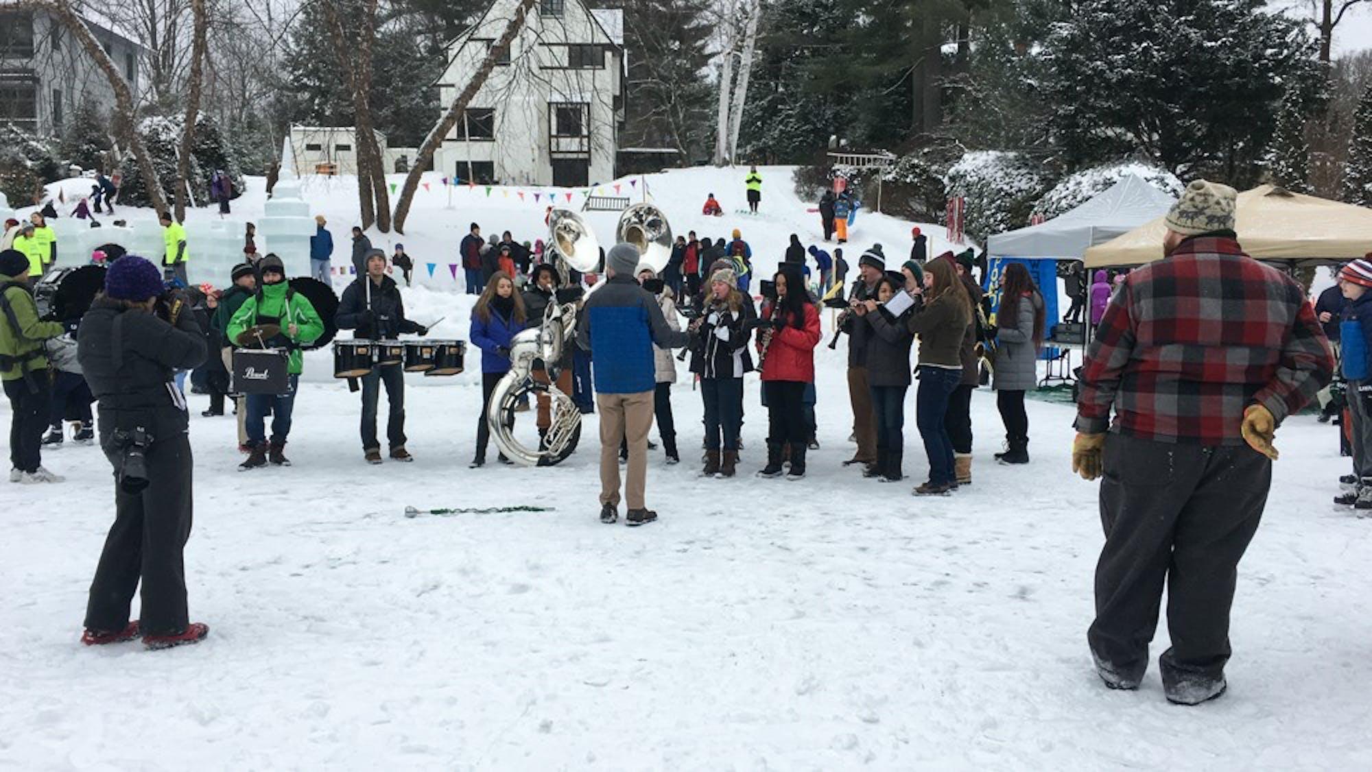 news_winter_carnival_by_paula_kutschera