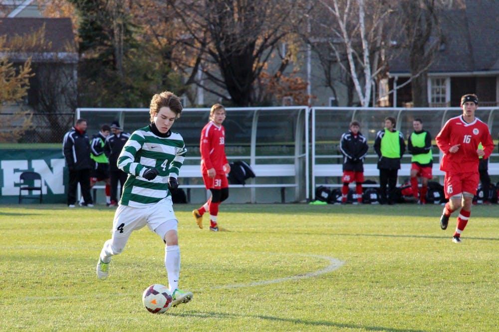 11-18-13-sports-soccer-kelsey-kittelsen