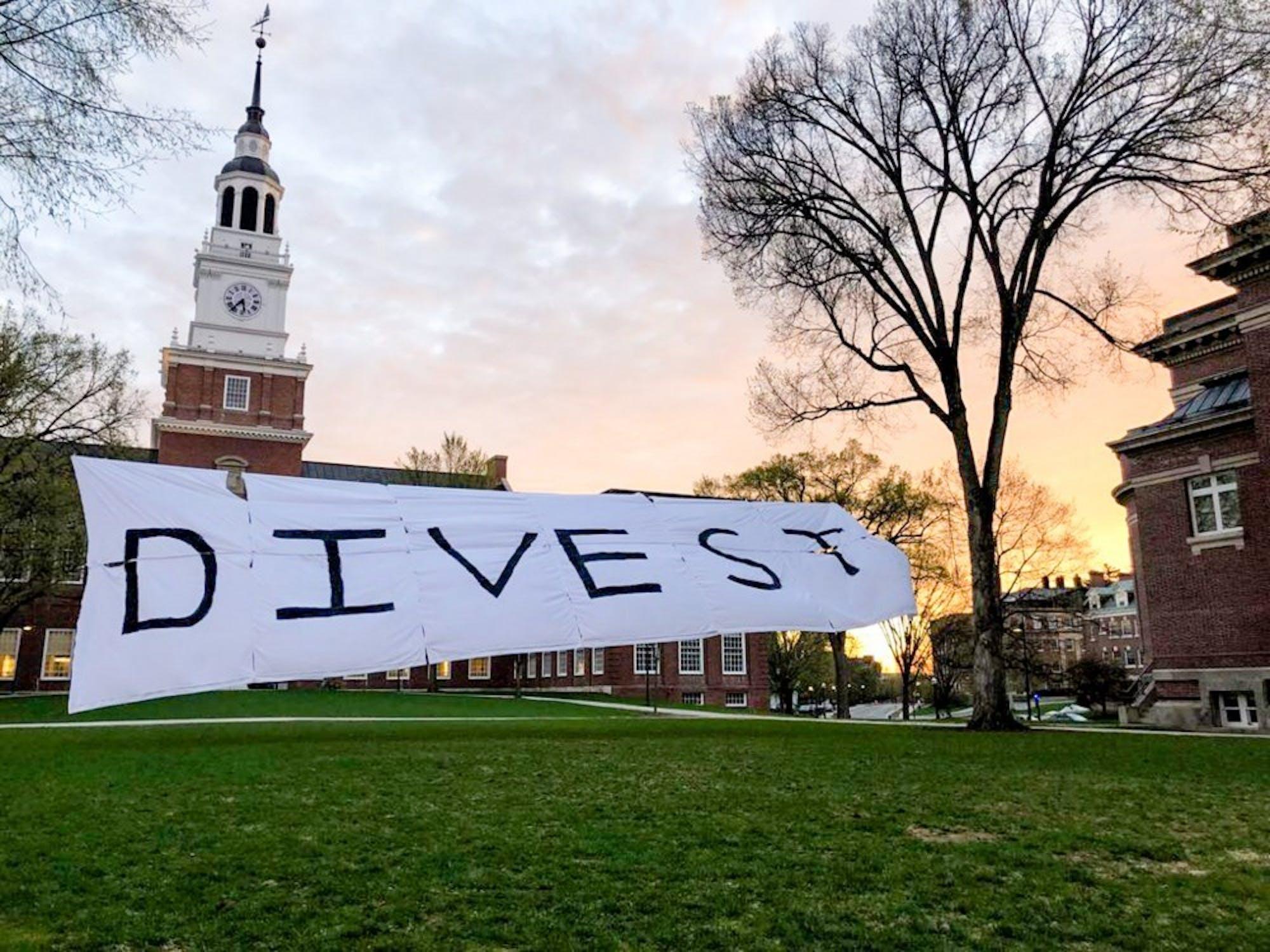 divest-banner