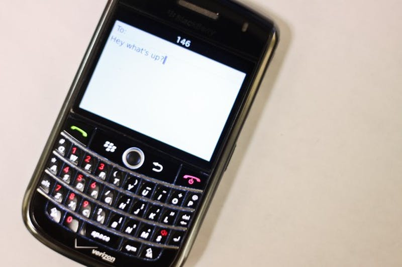 04.06.10.news.textmessaging