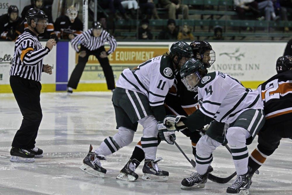 01-05-15-sports-mens-hockey-horiz-kelsey-kittelsen
