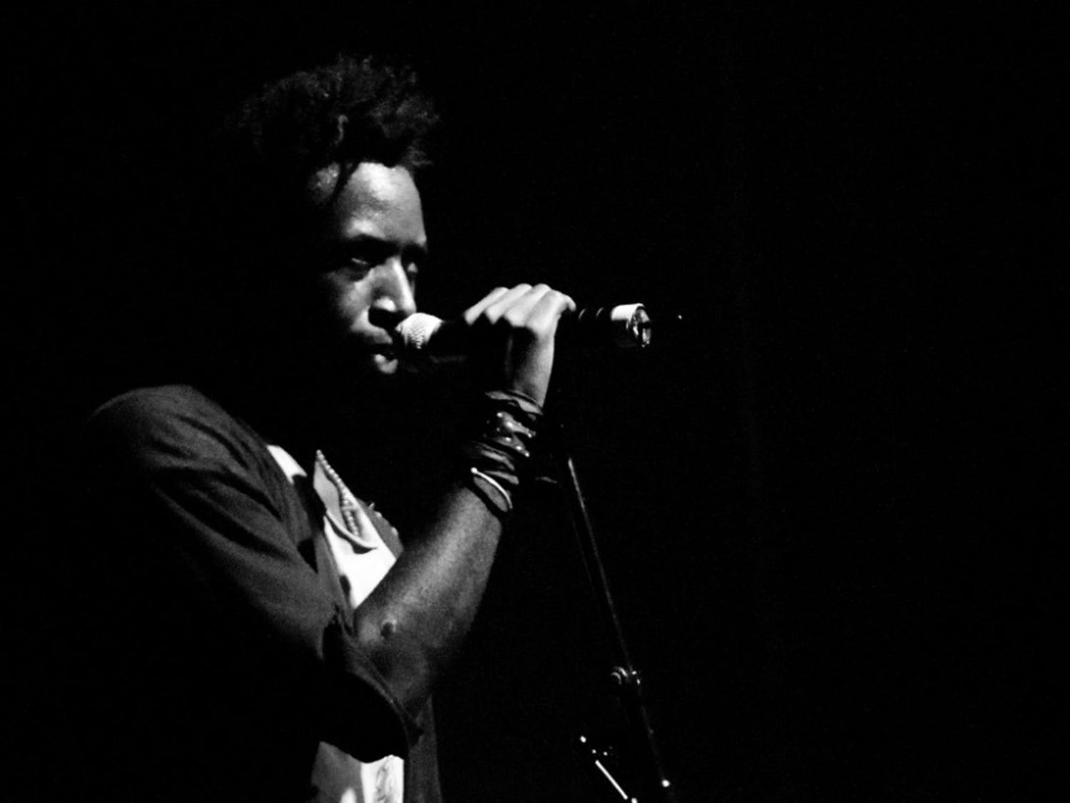 Saul Williams, a prominent hip-hop poet, will visit classes and perform alongside the Mivos Quartet.