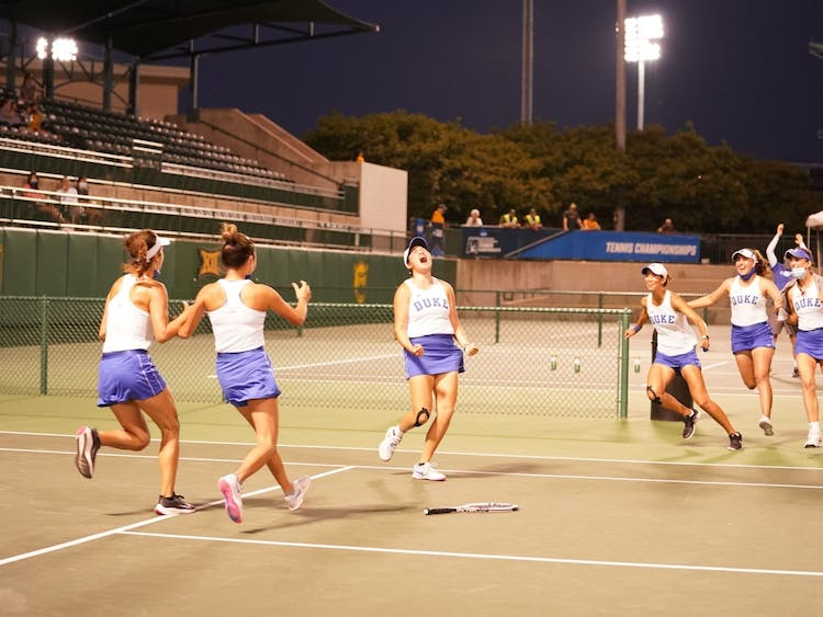 Once Chen secured the 4-3 Duke win, it became a Blue Devil frenzy on Court No. 1.