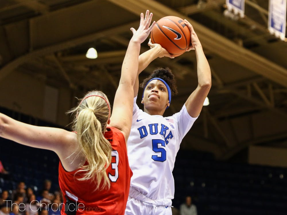<p>Leaonna Odom dominated to the tune of 23 points and 16 rebounds.</p>
