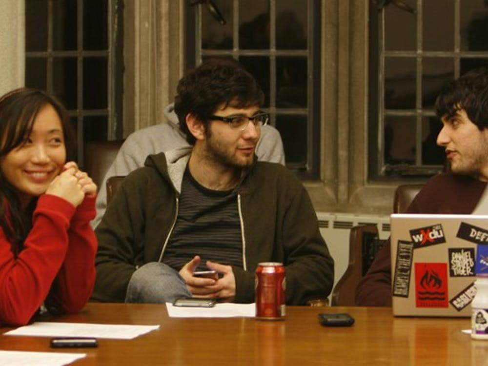 At the group's meeting Tuesday night, Duke University Union members discuss plans to combine the Major Speakers and LiveEnt committees.