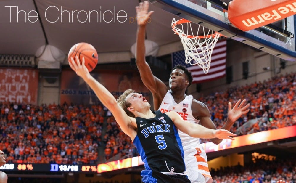<p>Sophomore Luke Kennard had another big night with 23 points, taking advantage of soft spots in Syracuse's 2-3 zone.</p>