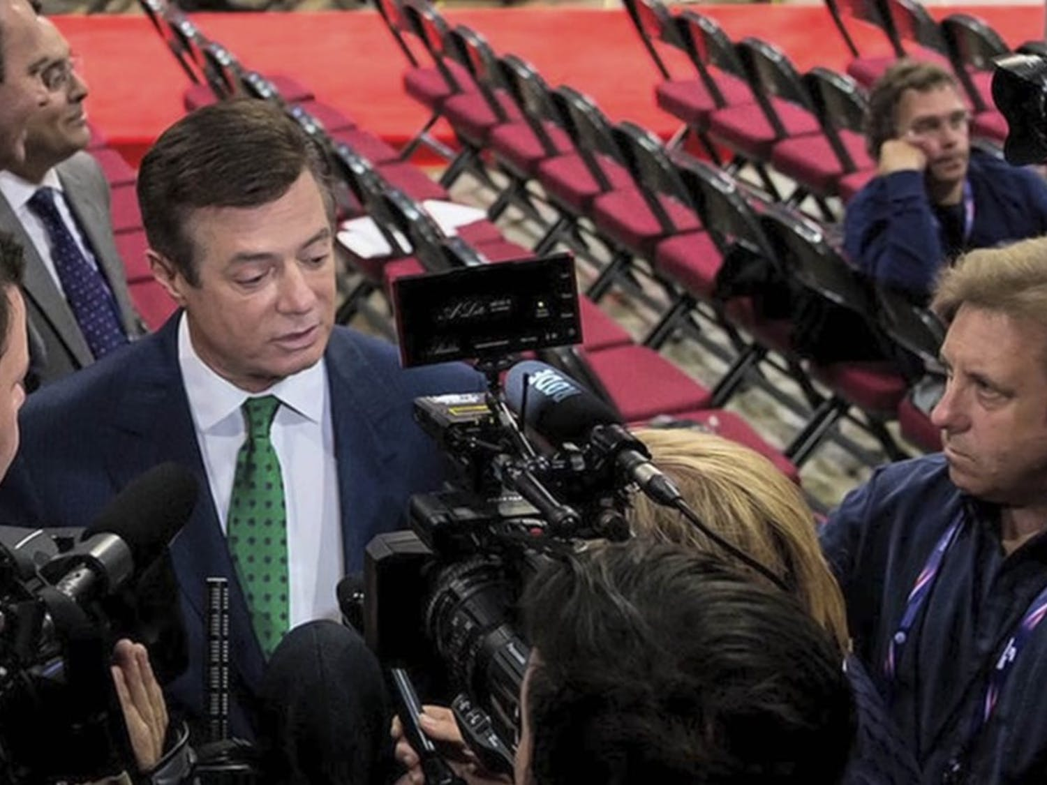 Trump's former campaign manager Paul Manafort worked with a Russian billionaire to influence politics and business dealings in the U.S., according to the Associated Press.