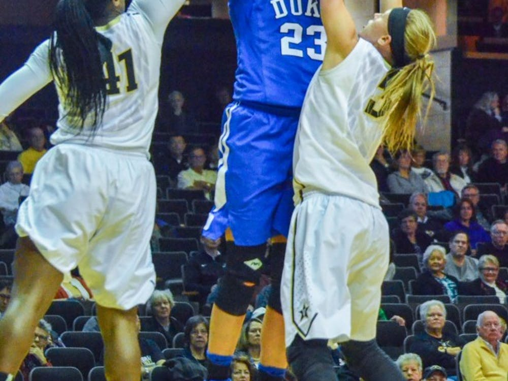 Vanderbilt held Duke star Rebecca Greenwell in check to hand the Blue Devils their first loss of the season.