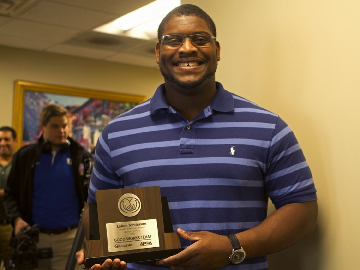 Redshirt senior Laken Tomlinson was recognized as a Allstate AFCA Good Works Team honoree Monday.