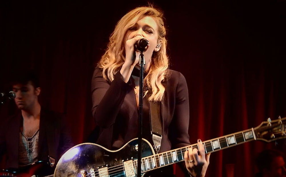 Rachel Platten goes beyond 'Fight Song' on new album 'Waves