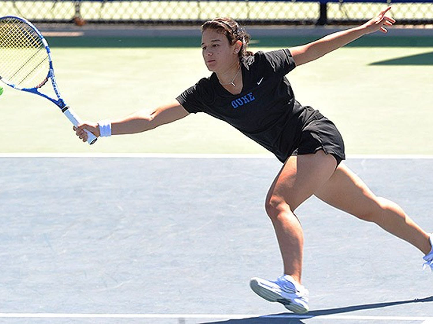 Hanna Mar recorded a 6-4, 6-1 victory against Mississippi to seal the match for the Blue Devils.