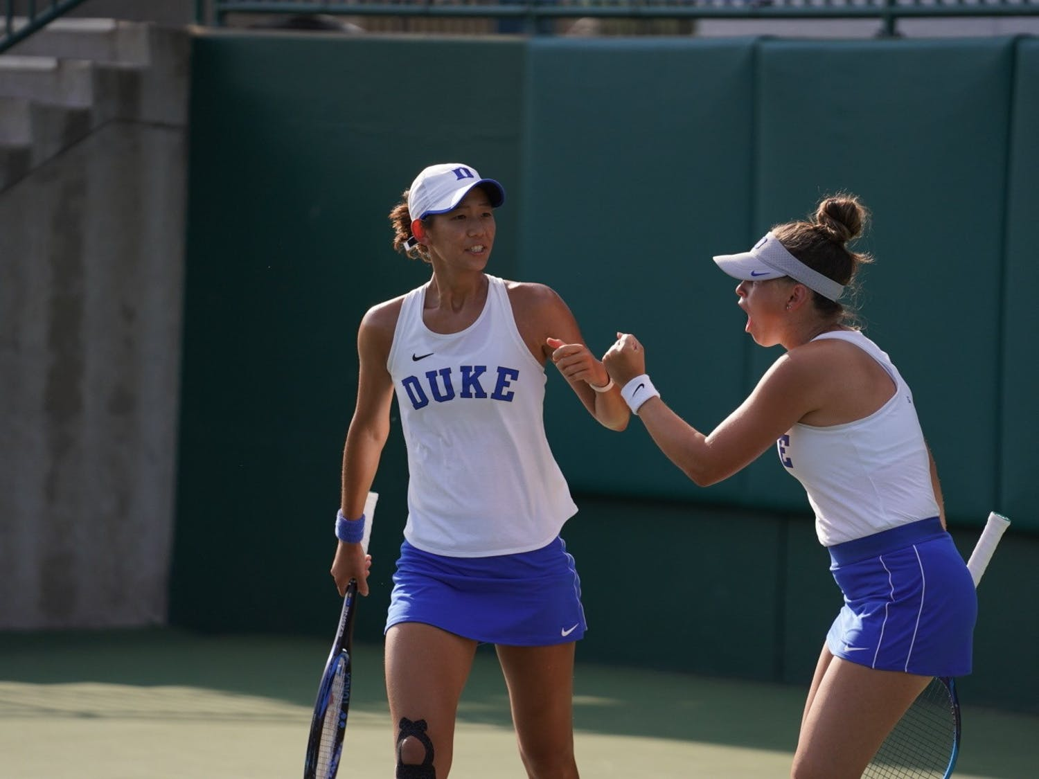 The doubles duo of Meible Chi and Margaryta Bilokin had a first round exit in the NCAA Doubles Championship.