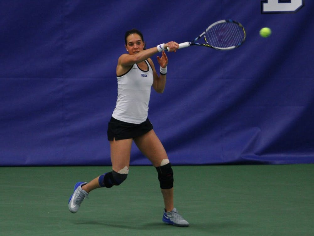 Junior Beatrice Capra finished off a strong weekend with a 6-1, 6-0 win against Louisville's Jessie Lynn Paul.