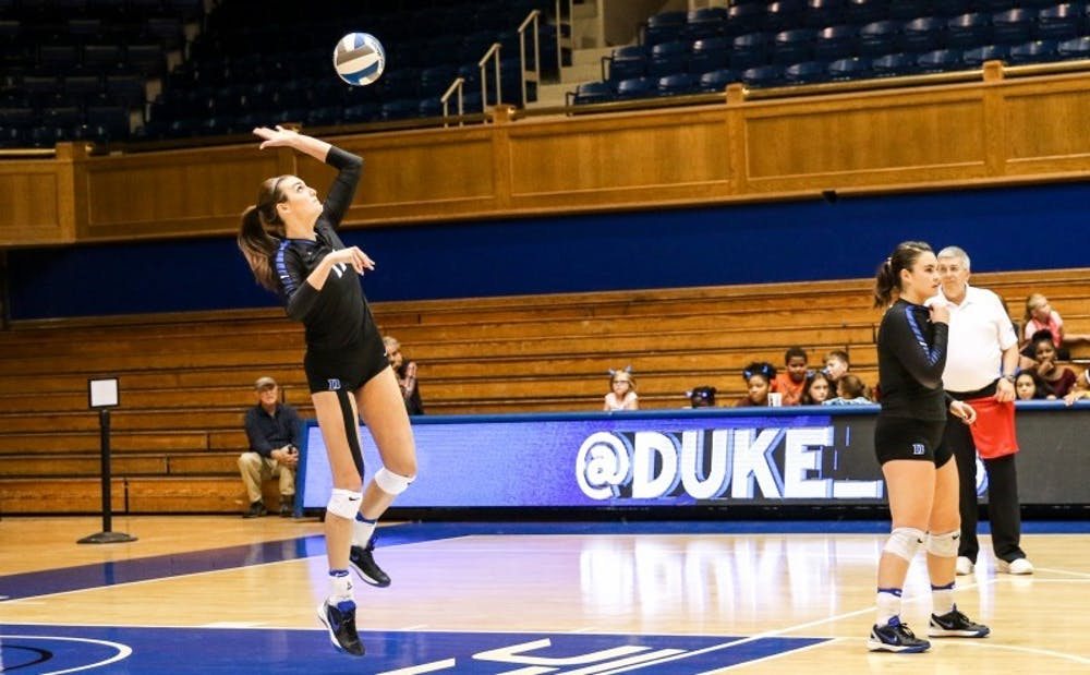 <p>Freshman outside hitter&nbsp;Samantha Amos set new career highs in kills in both of Duke's games this weekend.</p>