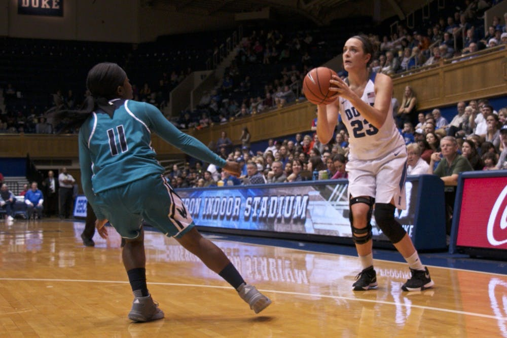 <p>Redshirt sophomore Rebecca Greenwell made 5-of-8 attempts from beyond the arc&nbsp;en route to a game-high 23 points.</p>