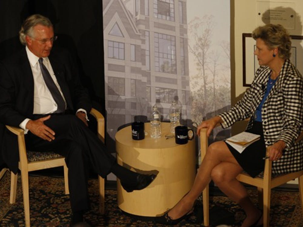 Cokie Roberts, news analyst for ABC news and NPR, led the question-and-answer session featuring Richard Fisher, chief executive officer of the Federal Reserve Bank of Dallas.