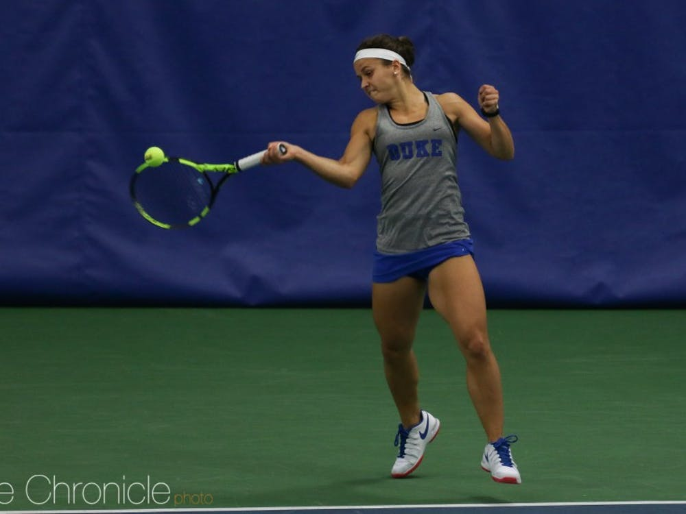 Samantha Harris beat two ranked opponents to lead a dominant weekend for the Blue Devils.
