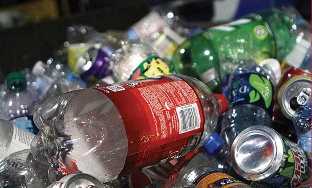 <p>Single-use plastics are again the norm across campus dining locations due to the COVID-19 pandemic.&nbsp;</p>