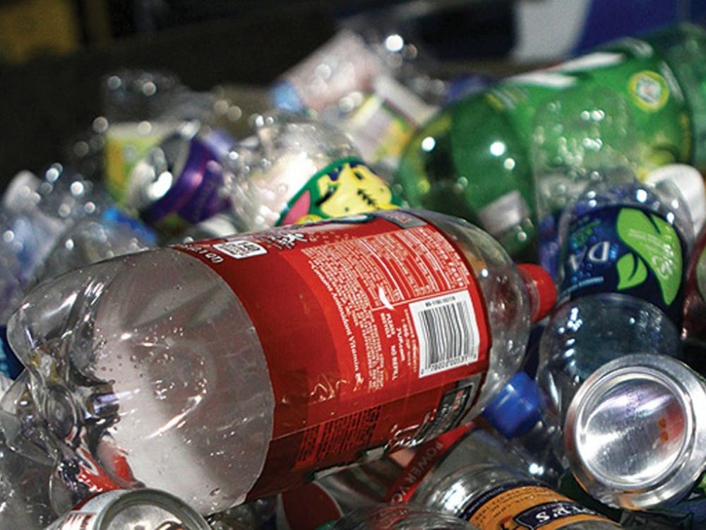 Single-use plastics are again the norm across campus dining locations due to the COVID-19 pandemic.