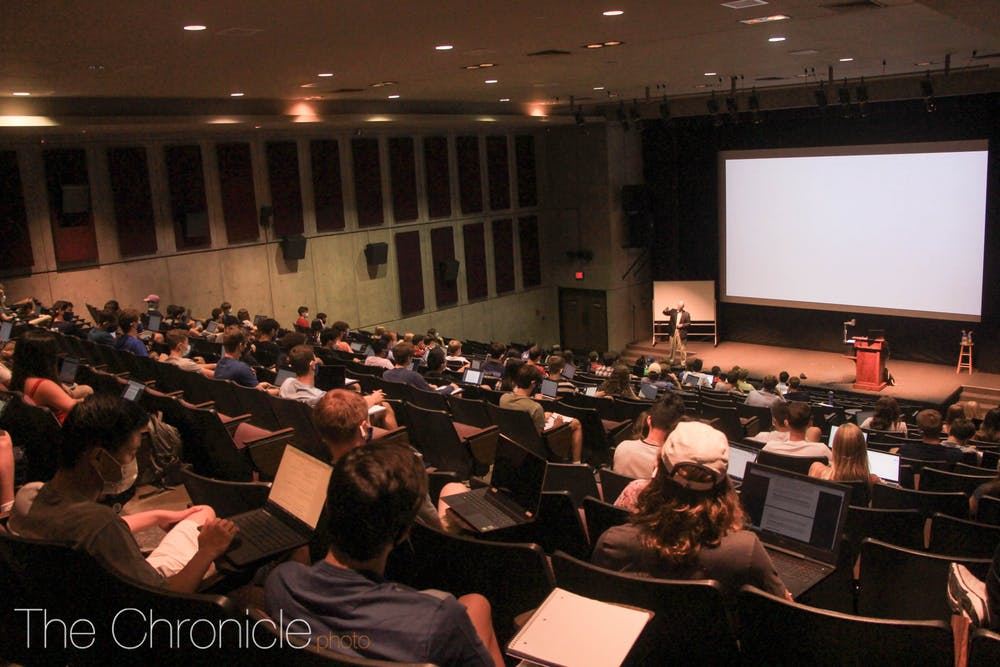 <p>An in-person Economics 101 class taught in the Griffith Film Theater taught during the fall 2020 semester.</p>