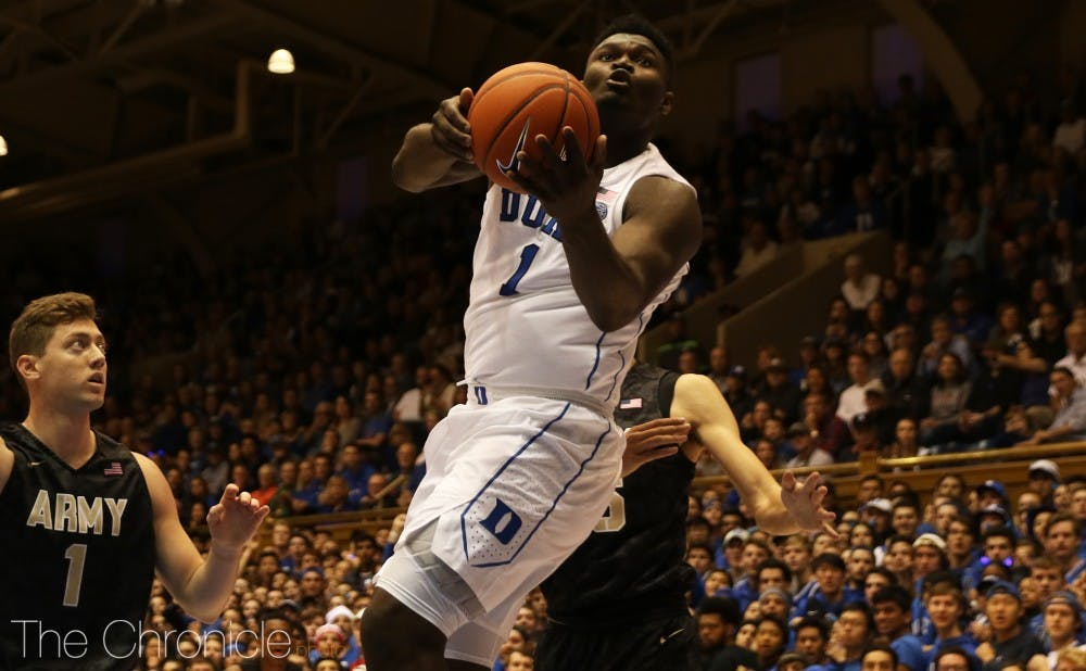 <p>Zion Williamson was efficient from the floor Sunday with his classmates struggling out of the gate.</p>