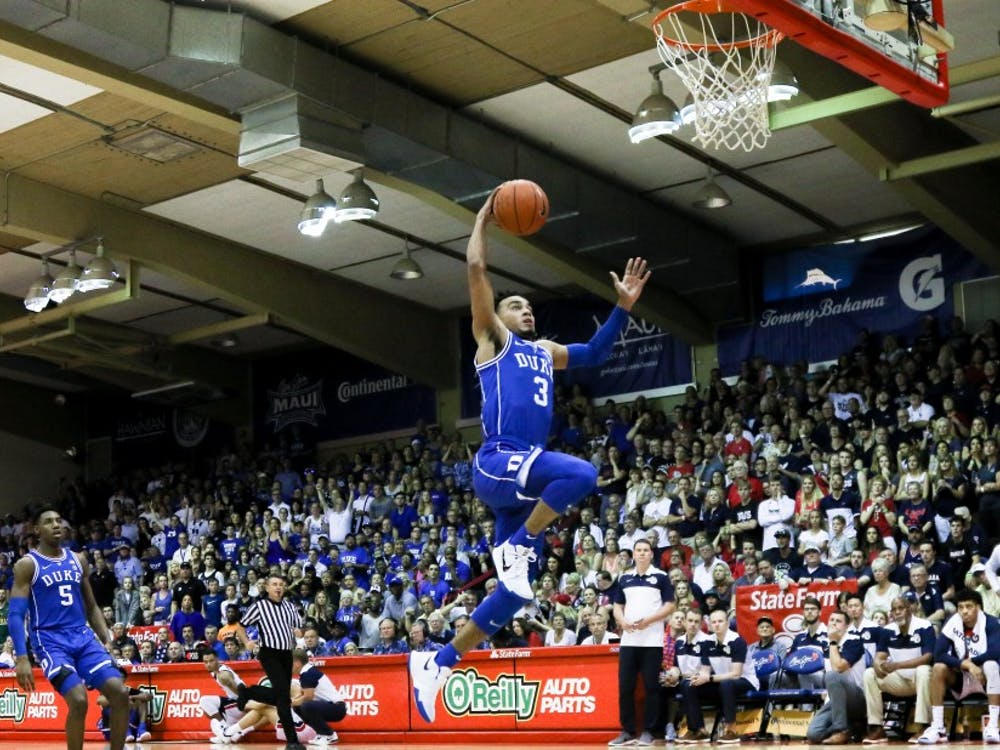 Tre Jones scored in double figures for the third straight game, but missed this breakaway dunk.