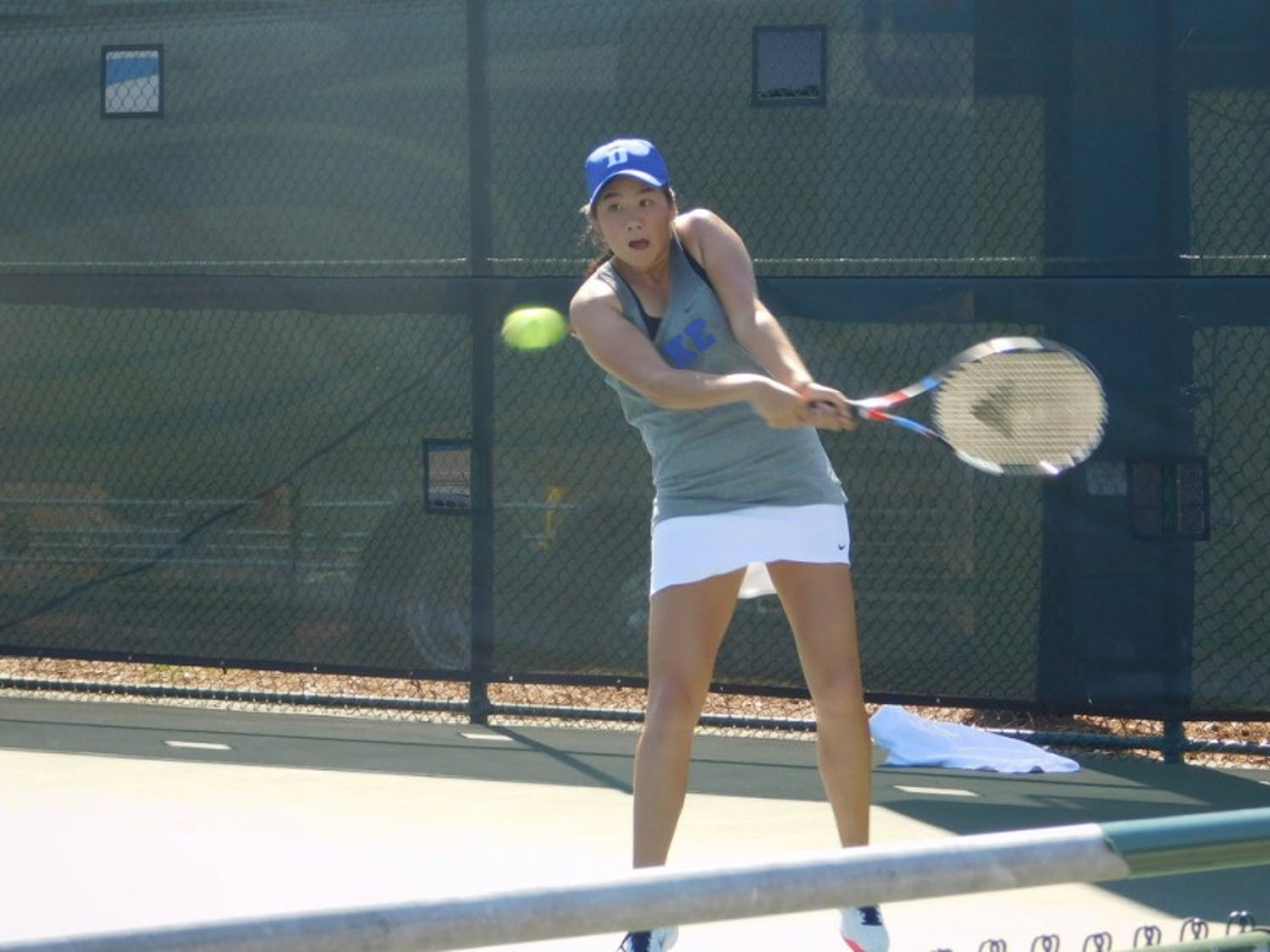 Freshman Kelly Chen was the fourth-ranked recruit in the Class of 2017 and has experience playing at the highest level from this summer's U.S. open qualifiers.