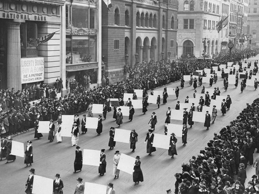 <p>Suffragists parade down Fifth Avenue in 1917.</p>