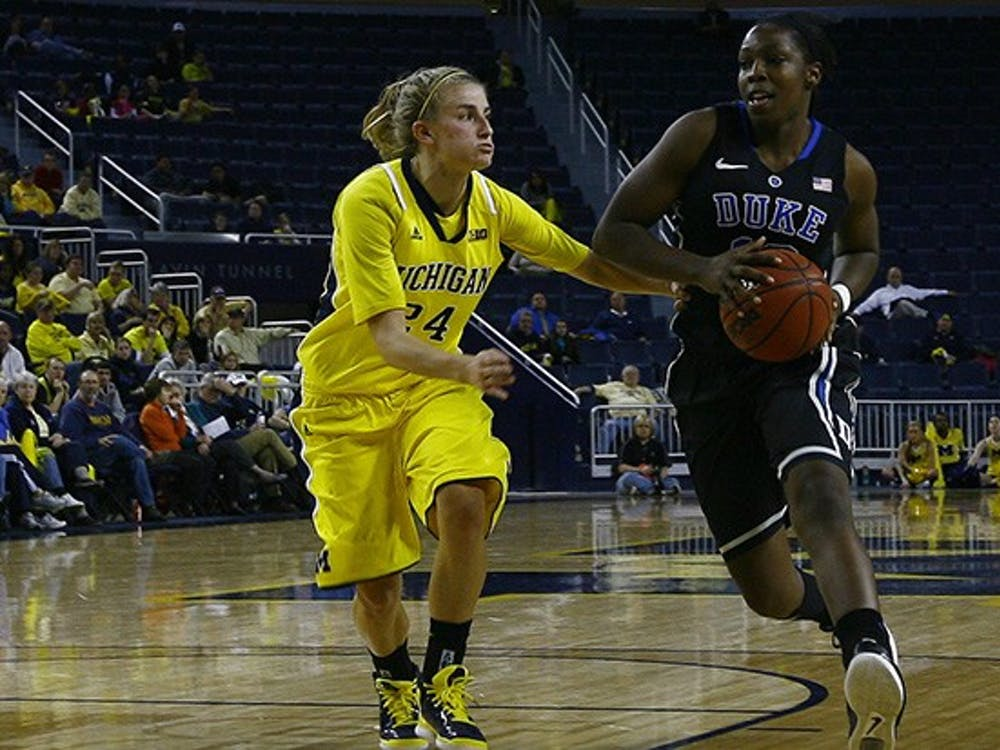 Elizabeth Williams and Chelsea Gray led the Duke women's basketball team with 19 points each to a 71-54 win over Michigan earlier tonight in Ann Arbor.