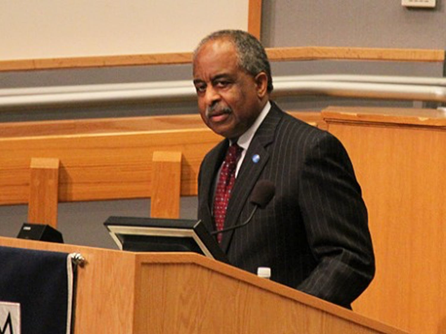 Mayor Bill Bell spoke to the state of the city Monday night.