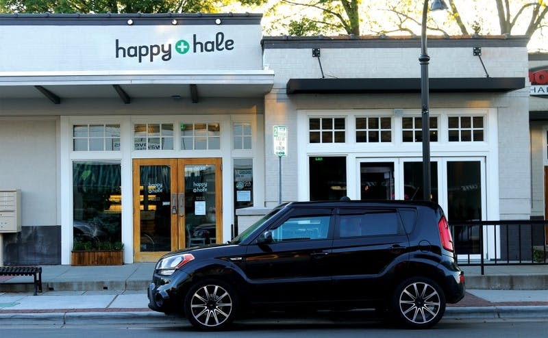 Happy + Hale offers juices and salads and was popular among students in its first week on Ninth Street.
