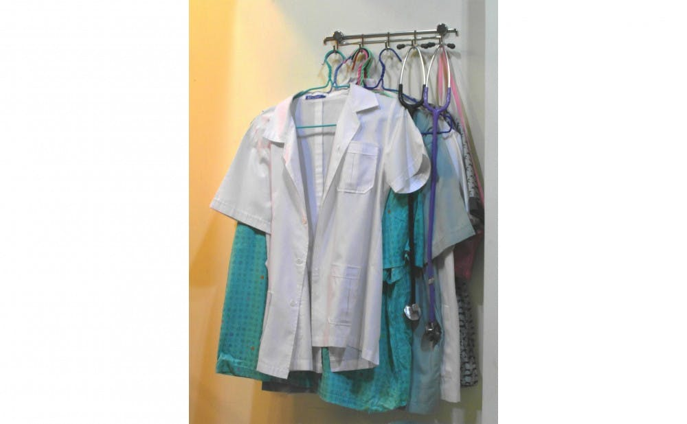 <p>The study found that wearing&nbsp;antiseptic scrubs did not lead to decreased contamination of nurses' clothing.</p>