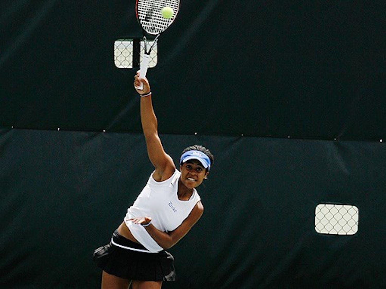 Ellah Nze couldn't take down Sanaz Marand Saturday, but did win Wednesday against Elisabeth Fournier.
