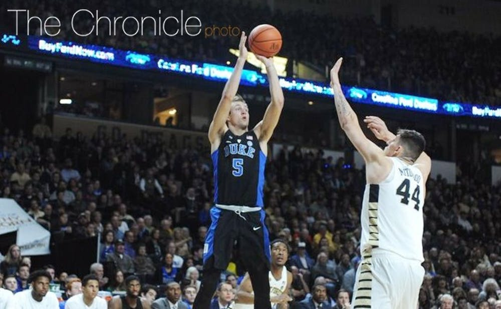 <p>Luke Kennard's relationship with reality TV star Savannah Chrisley was publicized Thursday night as the Detroit Pistons made him a lottery pick in New York.</p>