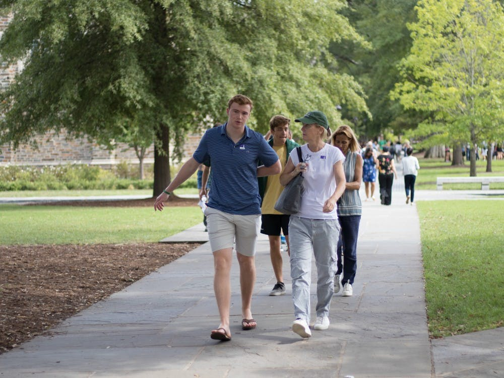 Monday marked the first day of classes for the 2019 fall semester. Missed all the hustle and bustle? Here are some highlights from our News Photo Editor, Emily Qin.