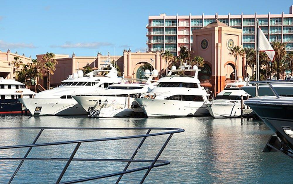Nr5CbUsT-Bahamas_SophiaDurand