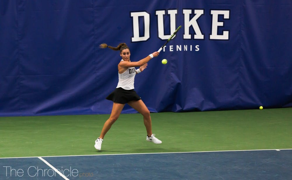 <p>Maria Mateas cruised to a straight-set victory against a top-10 opponent Wednesday.</p>