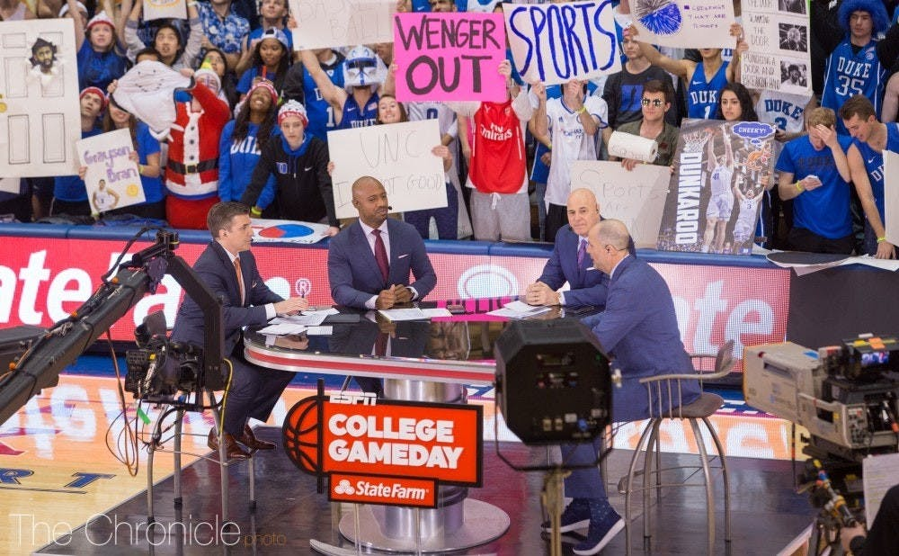 ESPN's traveling college basketball show features a pair of former Blue Devils in 2001 national champ Jay Williams and 1986 graduate Jay Bilas.