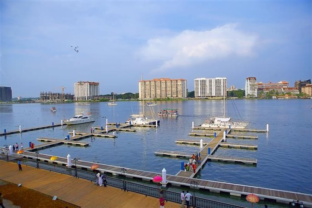 kochi_international_marina_bolgatty_island_kerala_india