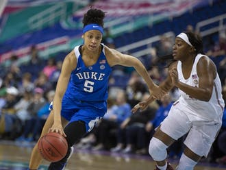Leaonna Odom's double-digit scoring effort was not enough to overpower the Seminoles.