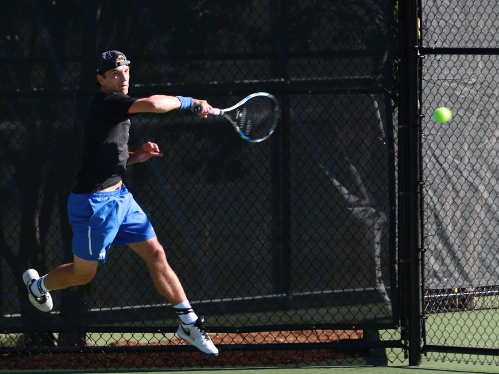 T.J. Pura notched a victory against teammate Vincent Lin in the consolation final of the Wake Forest Invite to finish his fall season Sunday.