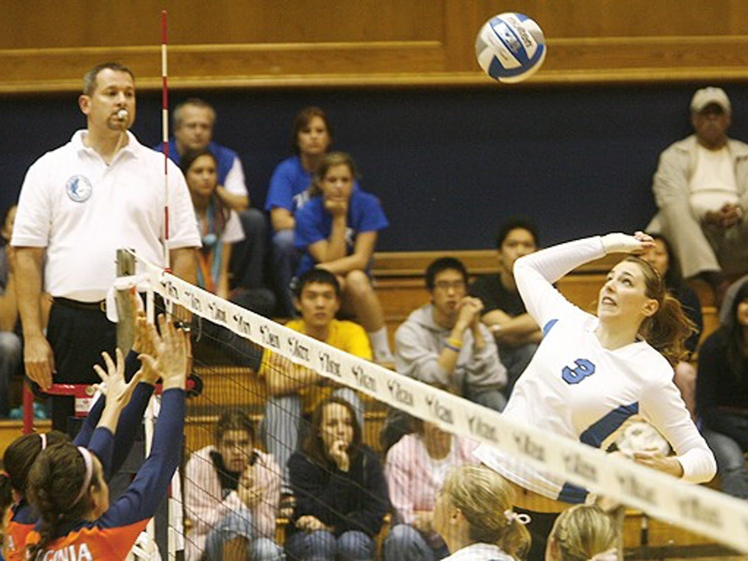 Sophomore middle blocker Amanda Robertson will be challenged by Georgia Tech's offense Saturday in Atlanta.
