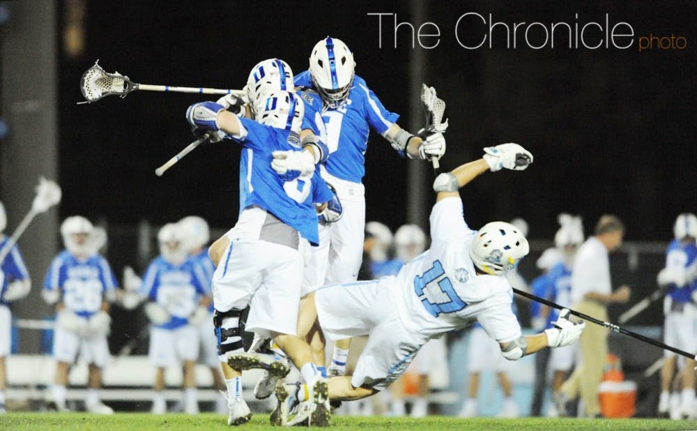 <p>The Blue Devils closed the game on an 11-2 run, with Justin Guterding and Jack Bruckner combining for seven goals and three assists and Kyle Rowe dominating at the faceoff X.&nbsp;</p>