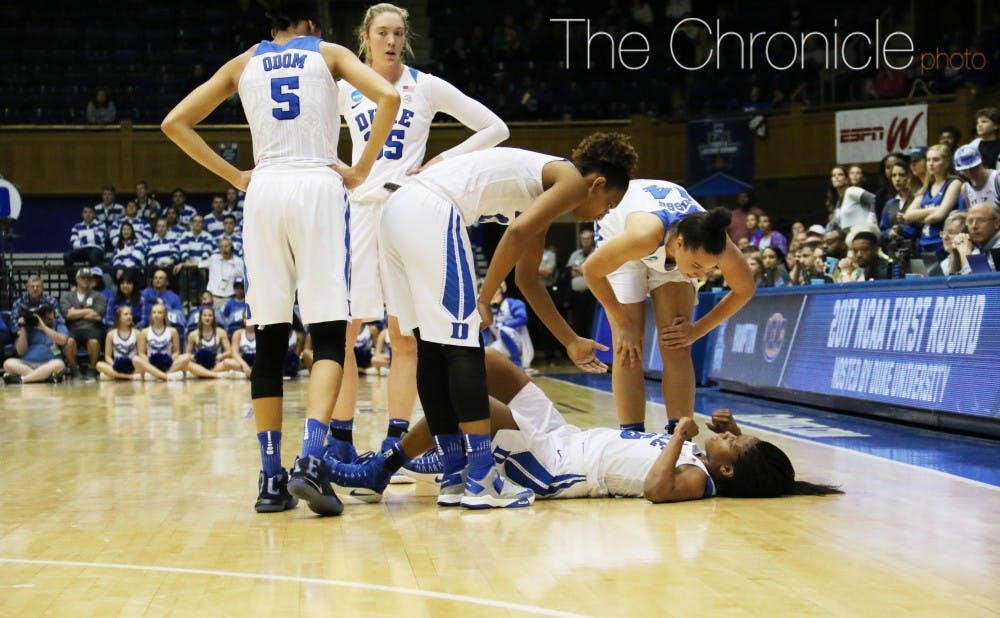 <p>Sophomore Kyra Lambert went down with a knee injury in the second quarter and did not return.&nbsp;</p>