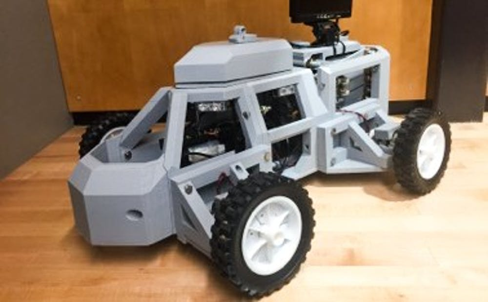 <p>The robot can&nbsp;scan license plates and&nbsp;driver's licenses to send to police officers.&nbsp;</p>