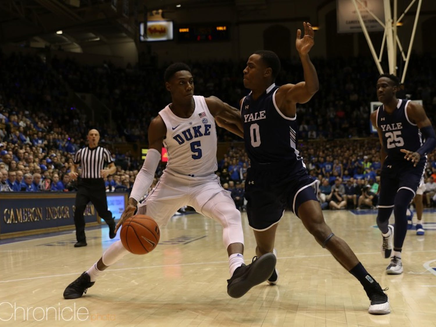 R.J. Barrett and the Blue Devils' first-half shooting struggles continued Tuesday.
