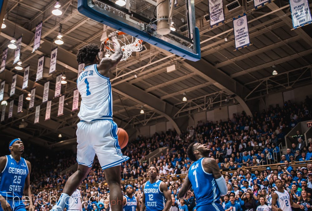 <p>Vernon Carey looks to be on his way to his second-straight double-double.</p>