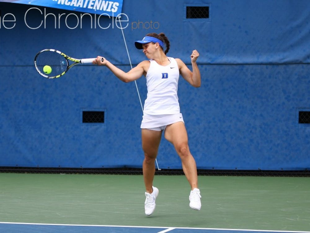 Junior Samantha Harris ended a five-match losing streak at No. 1 singles with an upset win Wednesday, propelling the Blue Devils to a much-needed victory.