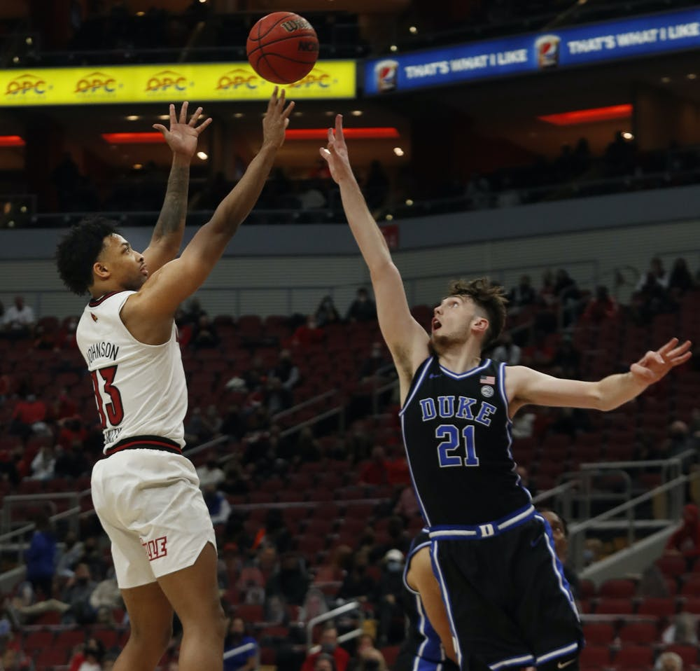 Duke struggled to contain Louisville's guards throughout Saturday's loss.